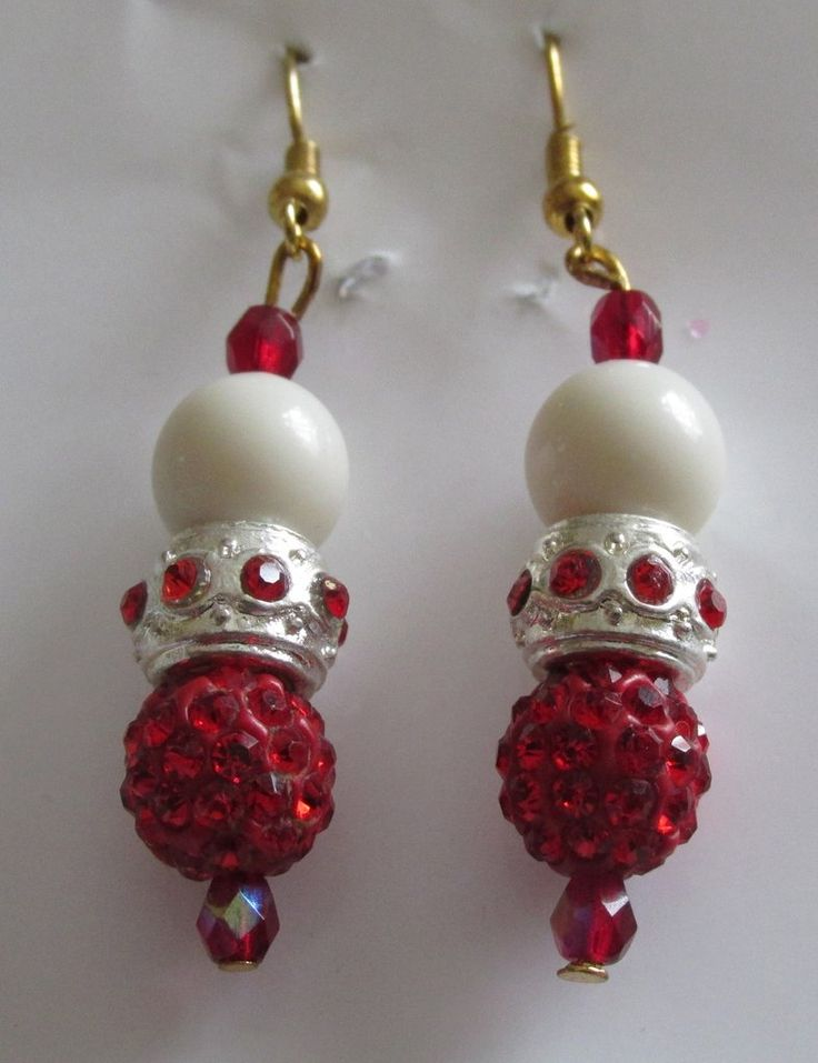 Red crystals and white bead earrings