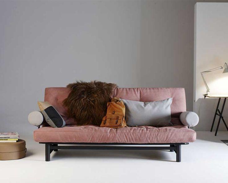 På dagen en soffa och på natten en extra säng. Fuji - en modern och smart bäddsoffa med armstöd från danska Innovation för en till två personer.  #bäddsoffa #dagbädd #compactliving
