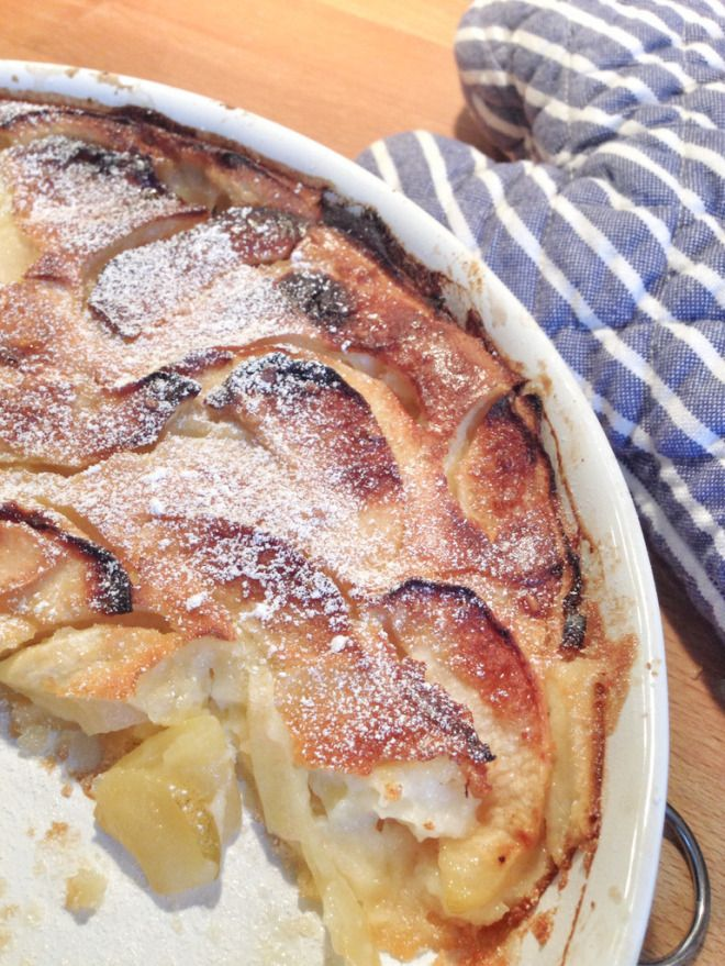 Der warme französische Apfelkuchen