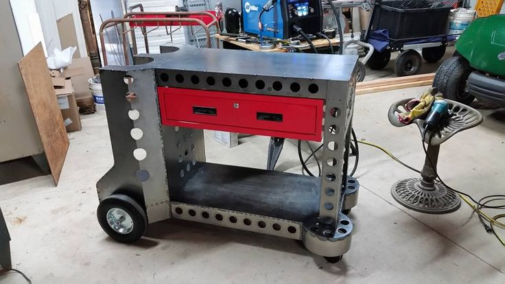 Custom welding table with welding cart built in. Pic 2
