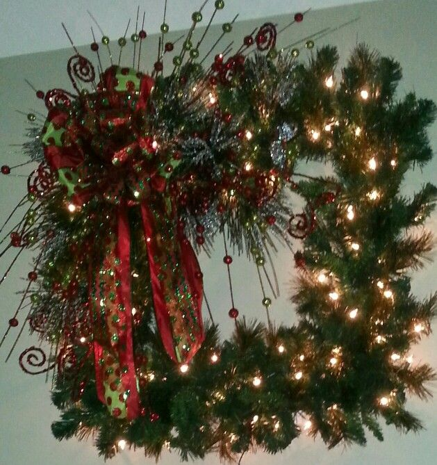 Large square lighted Christmas wreath by kyong.