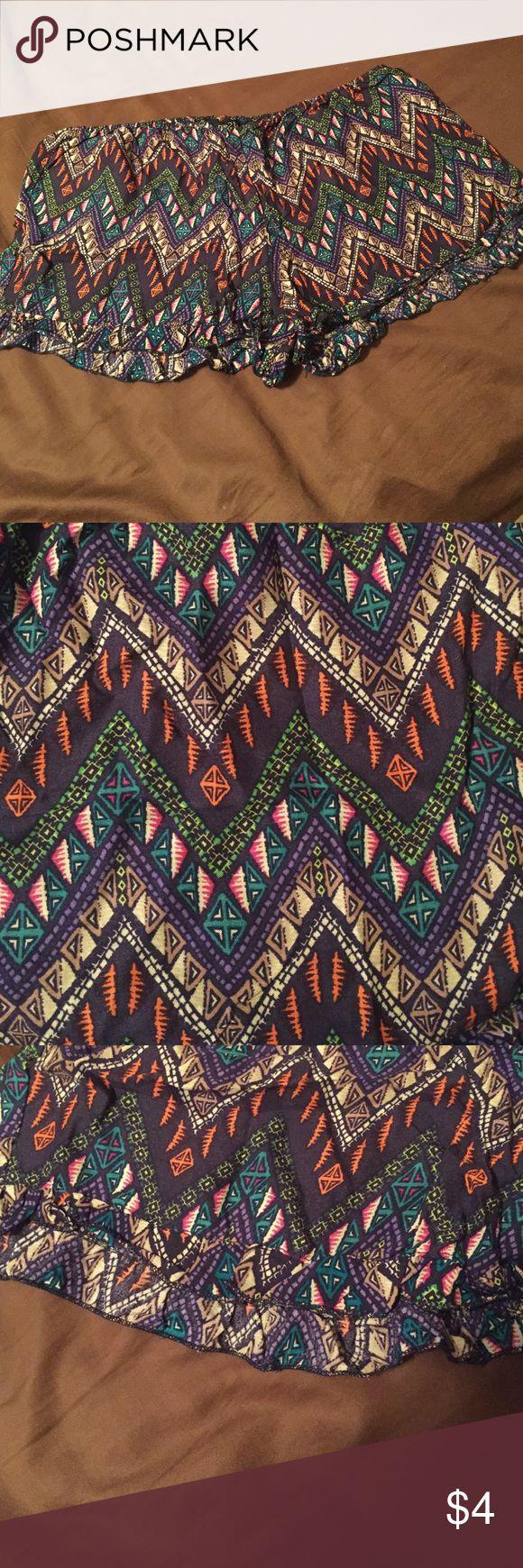 Rue 21 Aztec print shorts Very light weight material. Never worn. Size XL. Excellent condition. Rue 21 Shorts Bermudas