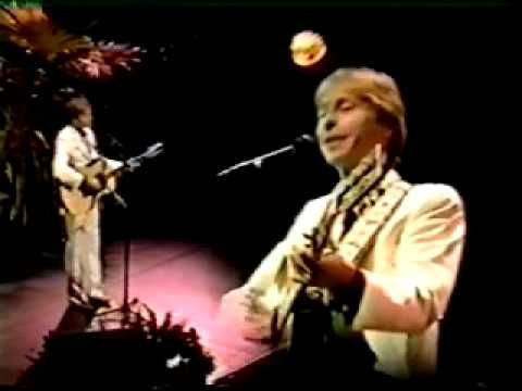 John Denver - Live at the Apollo Theater Heart To Heart, Annie's Song