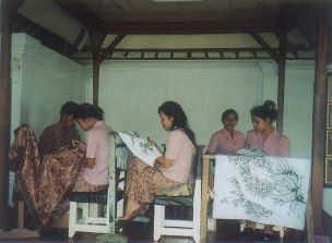 Tohpati - There are a large number of Batik showrooms in the village where one can find the genuine batik