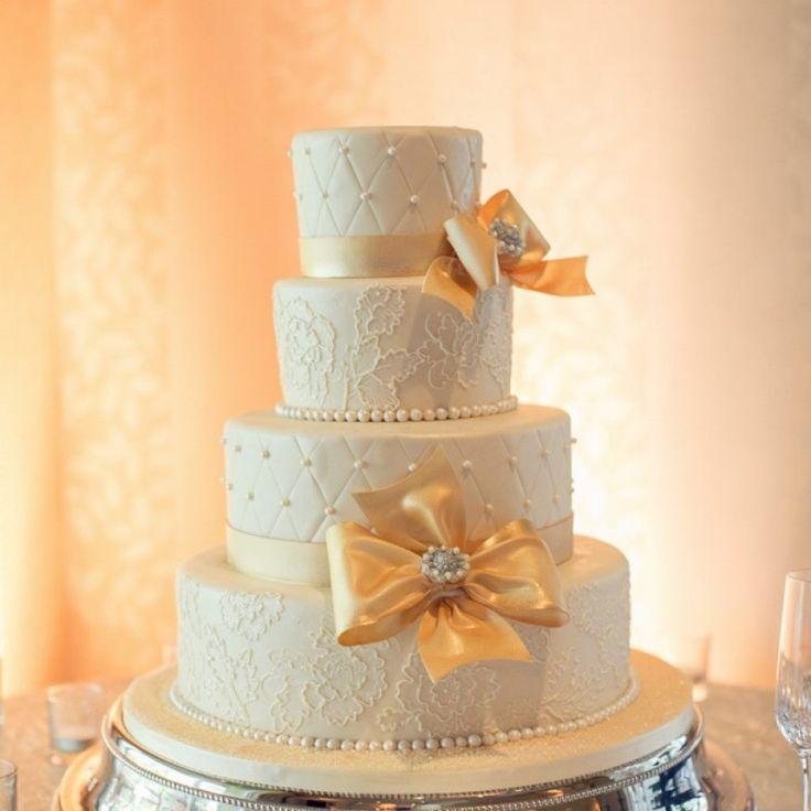 Best 25 Gold Wedding Cake Stand Ideas On Pinterest
