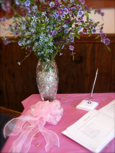 The very pretty guest registry table at the wedding where I was the official photographer! :)  (Mindi)