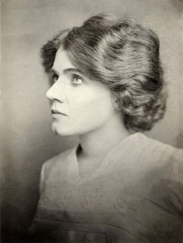 """Florence Lawrence: Automotive Inventor and the """"World's First Movie Star,"""" 1908"""