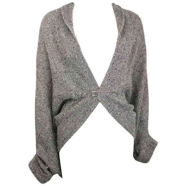 Preowned Limi Feu Grey Knitted Wool Bolero Cardigan With Silver Pin (€550) ❤ liked on Polyvore featuring tops, cardigans, bolero jackets, grey, silver top, grey cardigan, silver metallic top, silver metallic cardigan and cardigan top