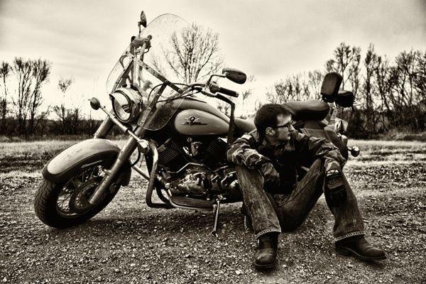 Ein brillantes Foto, das ich auf der Thousand Words-Website von Kodak gefunden habe   – Motorrad