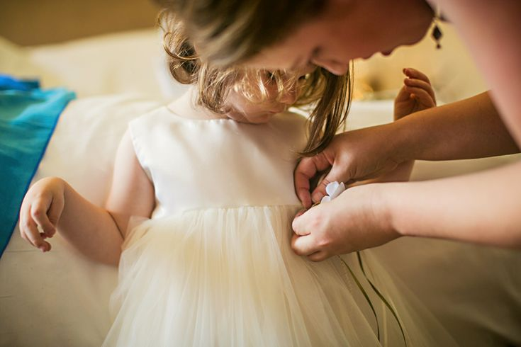 cute+flower+girls+wedding+photos
