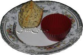 This #tasty #treat, the #Lemon #Poppy #Seed #QuickBread can be done as #muffins or a #loaf. This #homemade #snack was #baked in #silicon #muffin #cups for #easy #oil free #baking and #cleanup. #Free, easy #recipe @ FoodCult.com - #food matters!