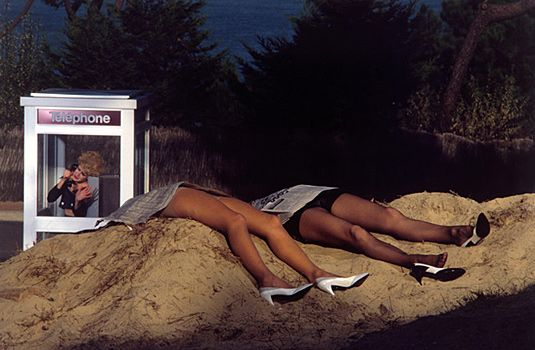 Guy Bourdin, livre photo par Guy BOURDIN, Alison GINGERAS, Phaïdon