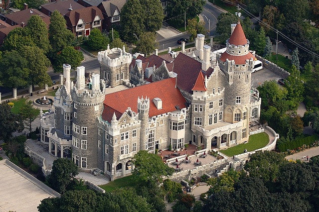Casa Loma-beautiful to have a castle downtown Toronto.