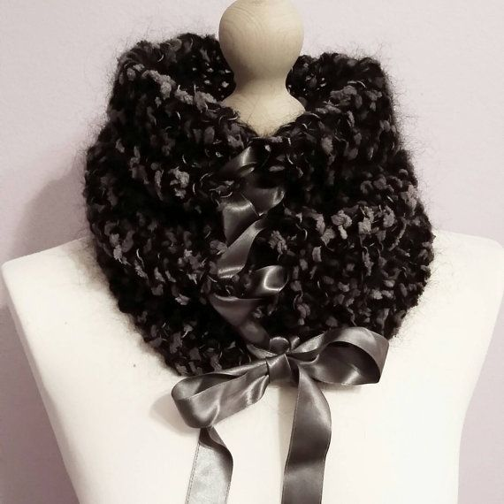 Check out this item in my Etsy shop https://www.etsy.com/listing/214532744/girly-handknitted-collar-scarf