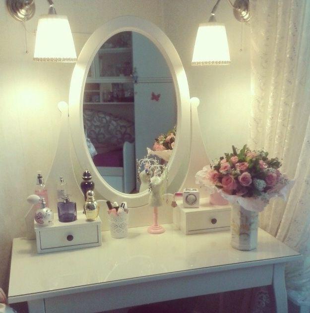 Best 25 Ikea Vanity Table Ideas On Pinterest Makeup Vanity Tables Diy Makeup Vanity Table
