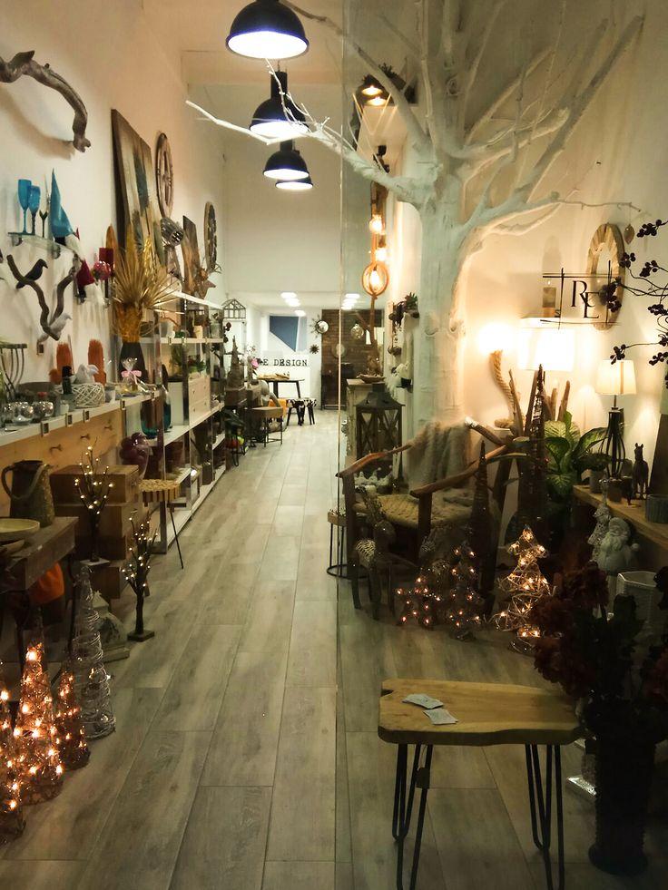 Tienda de decoración, renovación de muebles y artesanía  REdesignbcn  Barcelona