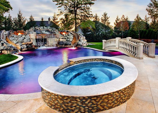 Luxury pool with stunning lights homes house spa for Luxury pools with waterfalls