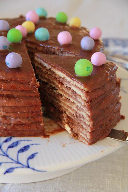 """On Dine chez Nanou   Smith Island 10 Layer Cake ... comme dessert pour Pâques             """"Smith Island  10 Layer Cake"""" est un gâteau officiel américain d 'une toute..."""