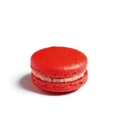 Strawberry Bubblegum Macarons - eatlove Finally found a bubblegum Macaron RECIPE