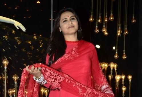 Will Rani Mukerji make her comeback with a movie titled Hichki? #RaniMukerji #Bollywood #Movies http://www.glamoursaga.com/rani-mukerji-to-make-her-comeback/