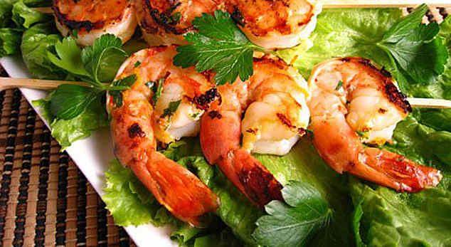 Рецепты с креветками: салат, паста, сырный суп, соус, жареные. Калорийность.