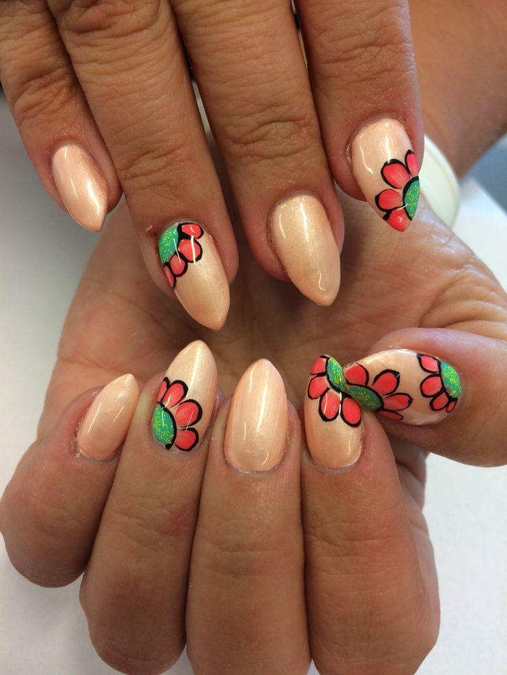The best time of new beginnings is NOW #newme#newyou#bloom #kauneussalonki #järvenpää #lahjaitselle #nails#nailtech #lovenailart #thisiswhatwedobest #yba#