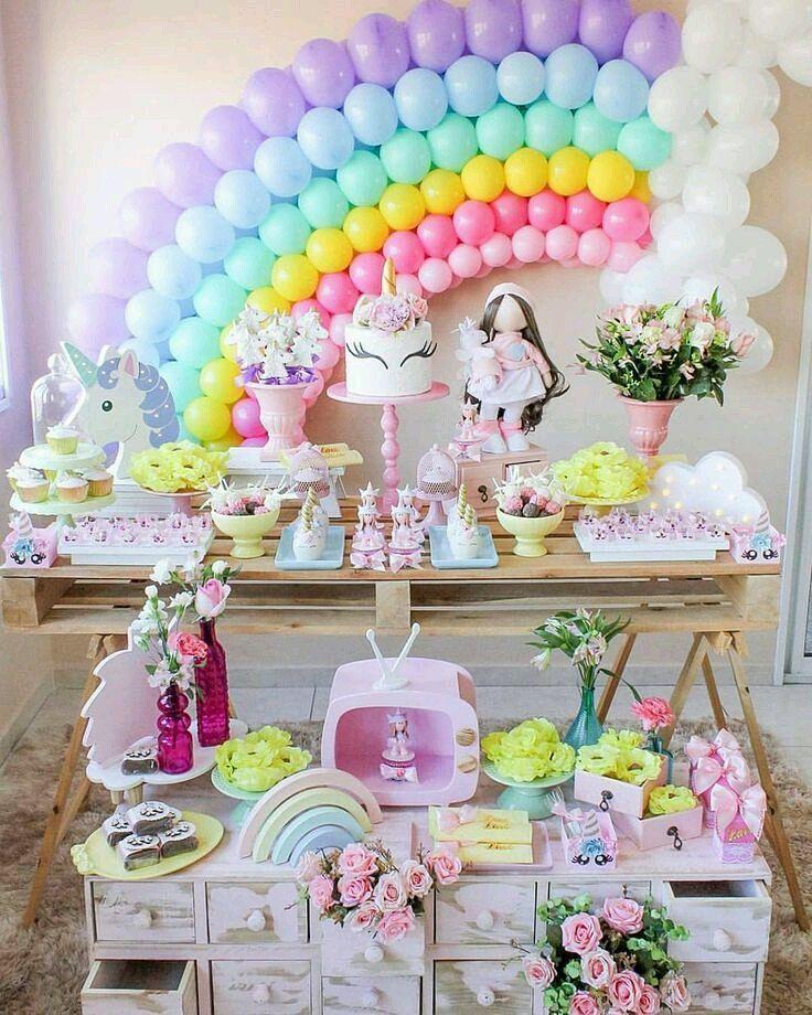 Mais uma decoração de festa encantadora!  ~ . . . #meuarcoirisdeunicornio #unicornparty #festaunicornio #unicornio #unicorn #unicórnio #unicornlove #instaunicorn #like4like #followme