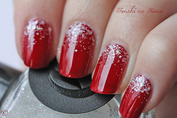 """Christmas Time"" Christmas Nails. Want this but with pink :)"