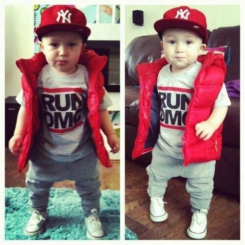 Baby boy fashion.... Minus the Yankees hat! ;)