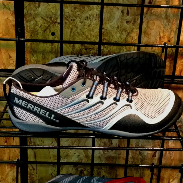 Merrell's Drizzle trail glove for men. A beautiful trail running shoe if ever I did see one. Just $110.