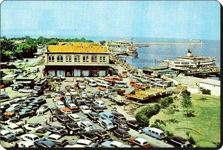 Kadıköy iskelesi itfaiye binası 1970'ler