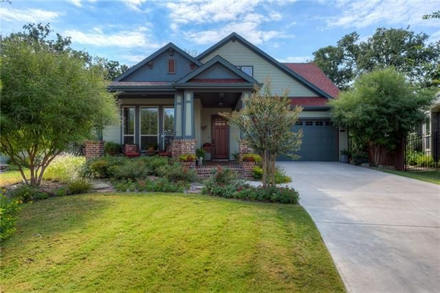 Ever been to #Argyle? Here's are reason to go. Today's #ListingOfTheDay is this gorgeous, 3/2/2, Southern Living #Home with beautiful landscaped yard. 554 VILLAGE WAY, ARGYLE, TX 76226 – 'bit Southern Realty Group   eXp Realty