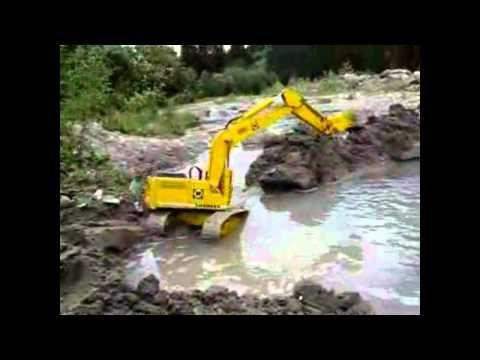 R/C Excavator Dam Construction - R/C Construction Equipment