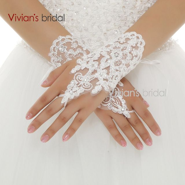 Vivian's Bridal Hot Sale Fingerless Wrist Length Lace Appliques White Bridal Wedding Gloves Free Shipping