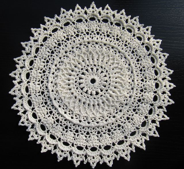 Visionary Sense by Patricia Kristoffersen from Leisure Arts #3401, Ultimate Doilies