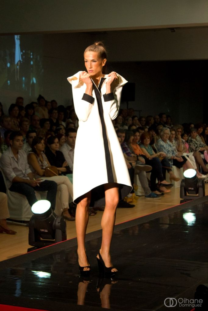 LeSmoking Collection. White coat