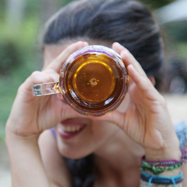 ¿A quién no le apetece una cerveza fría? Pues con esta Jarra de cerveza interminable la tendrás bien fresquita por más tiempo y además parecerá que siempre la tienes llena, lo que es una ventaja para beber todas las que te plazca sin que te juzguen ya que siempre la verán llena. Una jarra con un diseño divertido para los días de verano, los partidos de fútbol y las fiestas con tus amigos. Será un puntazo si consigues varias para todos tus colegas.