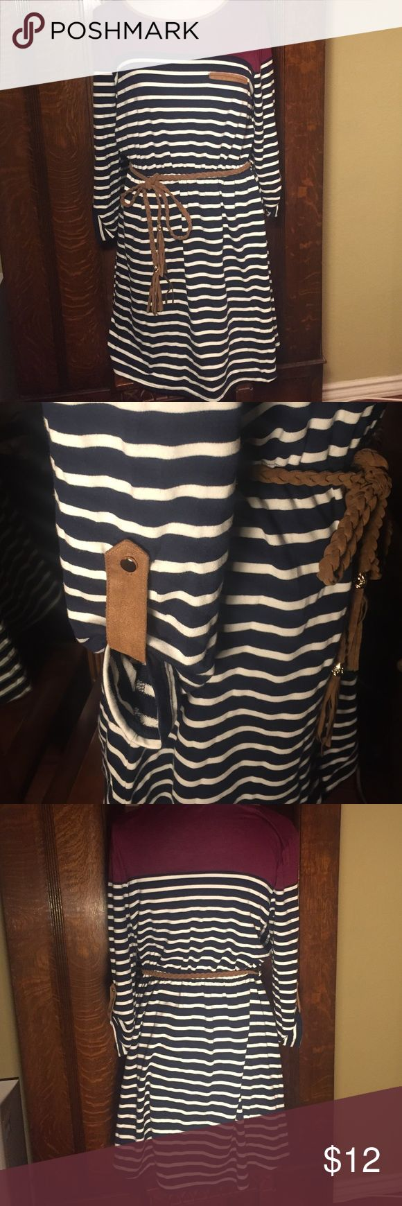NWOT Navy striped dress Navy striped dress with brown belt and gold and brown accents on sleeve. Says it's a large but fits like a medium. Papaya Dresses Mini