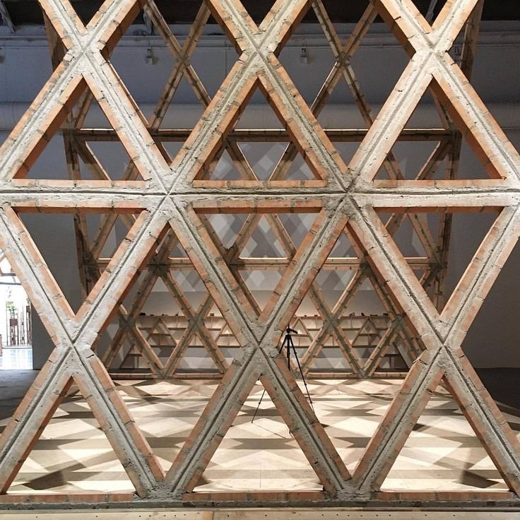 """@gabinete_de_arquitectura built a brick catenary at the Central Pavilion of @labiennale, a project led by Solano Benitez, Gloria Cabral, and Solanito Benitrz. Awarded with the Golden Lion for """"harnessing simple materials, structural ingenuity, and..."""