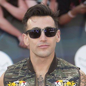 Learn about Jacob Hoggard: his birthday, what he did before fame, his family life, fun trivia facts, popularity rankings, and more.