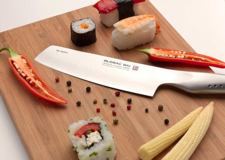 Global GLOBAL® Proseguendo nella tradizione delle spade dei Samurai ancora oggi i migliori artigiani giapponesi creano i prestigiosi coltelli Global.