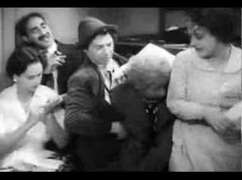 """""""Estuve tan ocupado escribiendo las crítica que nunca pude sentarme a leer el libro."""" Groucho Marx."""