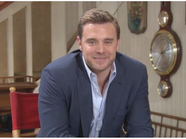 Elizabeth hendrickson dating billy miller #10
