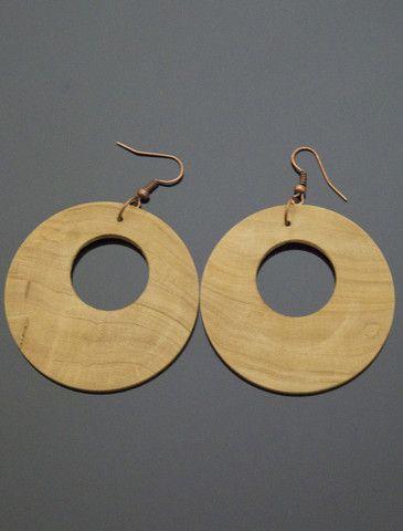 MIRA Olive Wood Earrings http://www.vonmimi.com/collections/earrings/products/mira-olive-wood-e20004?utm_source=Pinterest&utm_medium=Social&utm_campaign=Earrings