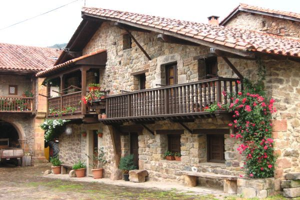 Bárcena Mayor #Cantabria #Spain
