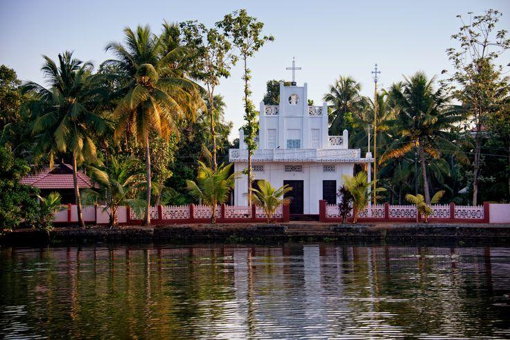 https://flic.kr/p/nVr1XD | Church along the river at Alleppey Backwater, Kerala, India
