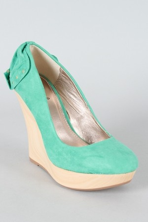 This could be the perfect pastel teal wedge-- sans bow.