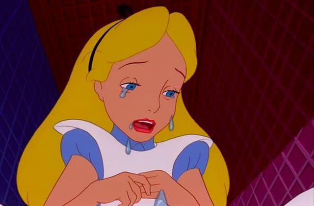 Nez qui coule, yeux rouges et gonflés, voix cassée, épaules qui frémissent : soit t'as une allergie, soit tu sors d'une bonne grosse crise de larmes à l'ancienne. Voici les conseils de Mymy pour t'en remettre !