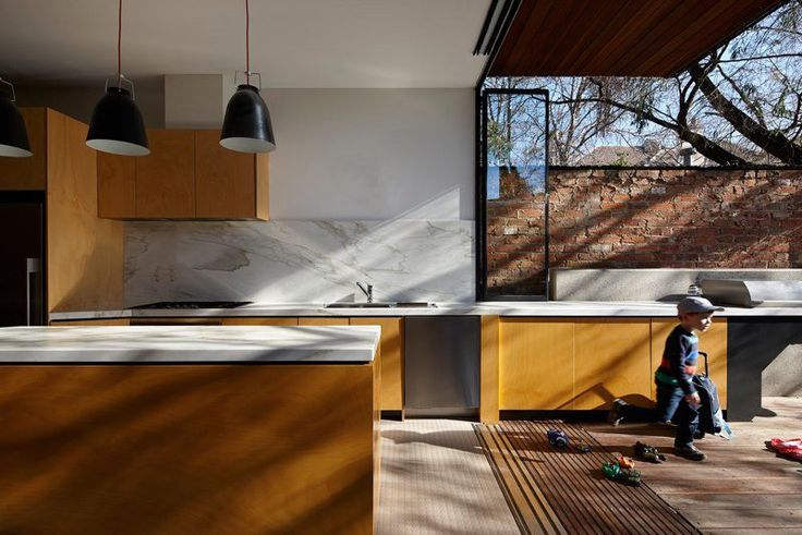 Design Detail – Die Küche in diesem Haus fließt von innen nach außen