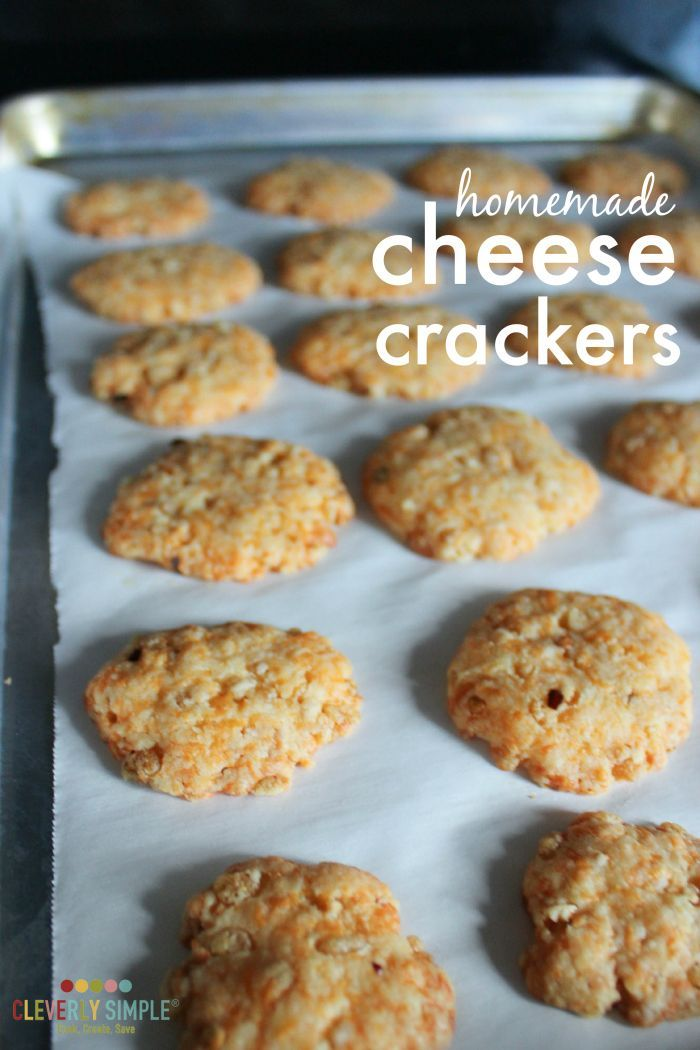 Make your own homemade cheese crackers with this easy recipe made with #CrystalFarmsCheese.  They're so good and the perfect appetizer! #ad